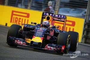 f1-singapore-gp-2015-daniel-ricciardo-red-bull-racing-rb11