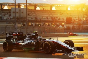f1-abu-dhabi-gp-2015-sergio-perez-sahara-force-india-f1-vjm08