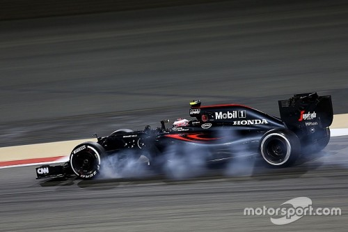 f1-bahrain-gp-2016-jenson-button-mclaren-mp4-31