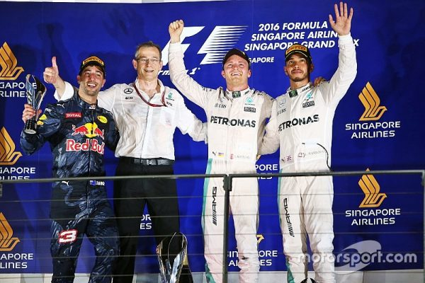 f1-singapore-gp-2016-podium-l-to-r-second-place-daniel-ricciardo-red-bull-racing-race-winn