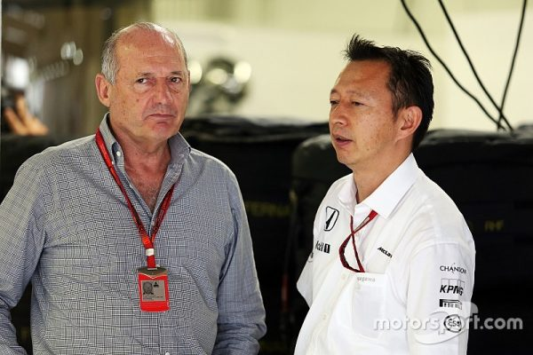 f1-japanese-gp-2016-l-to-r-ron-dennis-mclaren-executive-chairman-with-yusuke-hasegawa-head