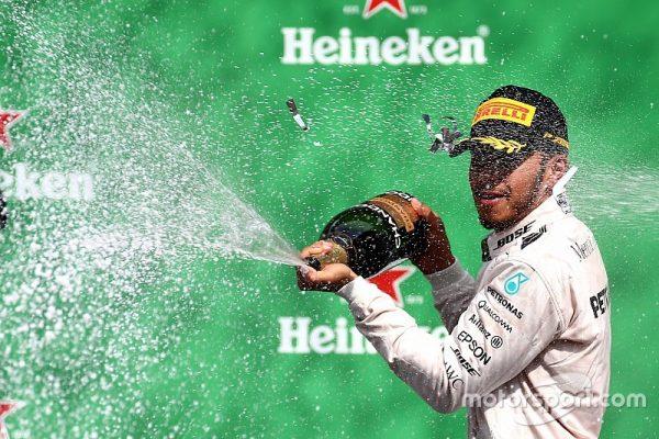 f1-mexican-gp-2016-podium-race-winner-lewis-hamilton-mercedes-amg-f1